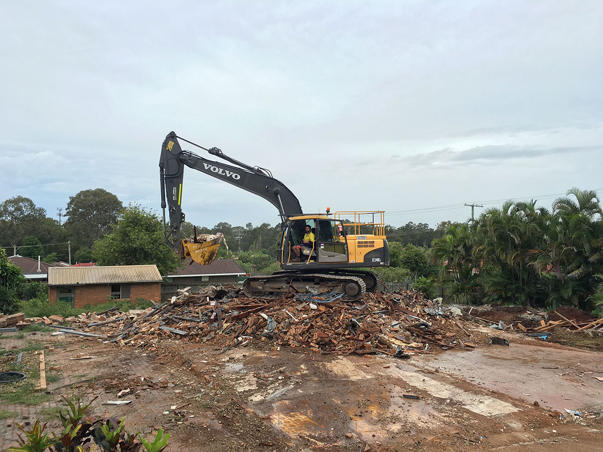 McManaway Earthmoving Demolition 2.jpg