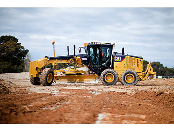 Josh-Turner-Earthmoving-Grader-hire