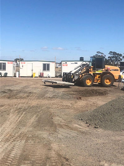 Lawton-Earthworks-final-trim-front-loader-spreader-Jerilderie