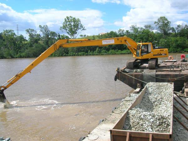 Caldme Excavations - Long Reach Excavator