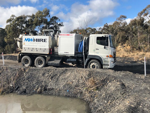MW-Hire-crane-truck-blog