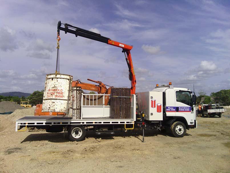 Manhole Form Hire Crane Truck