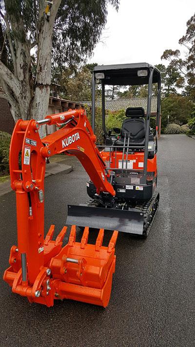 Mini-Plant-Hire-Excavator_1Ton-hire-Melbourne
