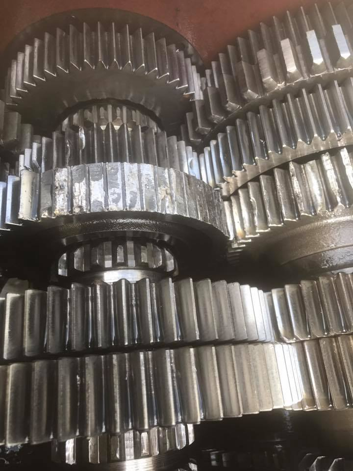 Mobile-Diesel-Services-Brisbane-engine-gears