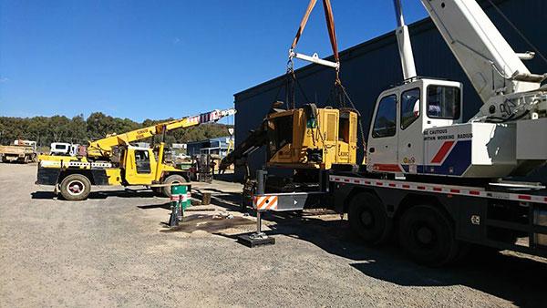 National-Cranes-and-Engineering-fleet-franna-excavator-crane-truck-hire-services