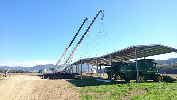 National-Cranes-and-Engineering-shed-roof-install-lift-dual-crane-hire-Kempsey