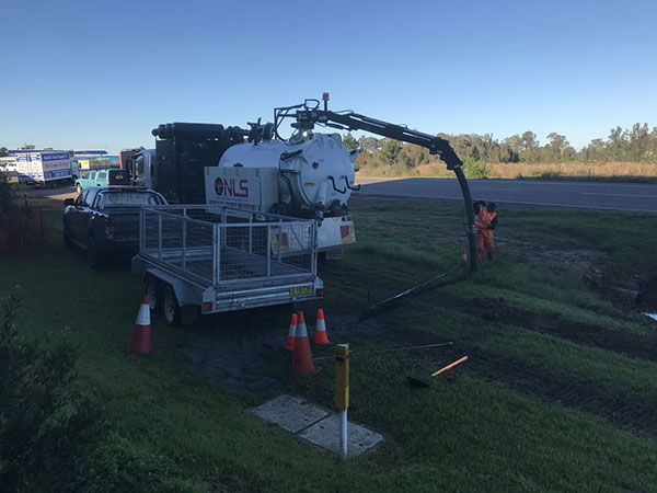 Newcastle-Locating-Services-field-vacuum-excavation