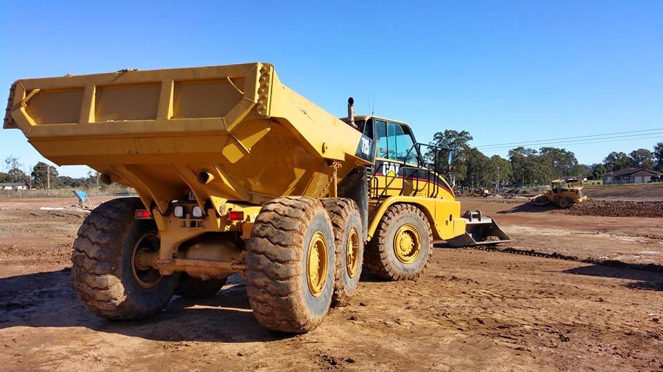 OCON Services Dump truck725 CAT