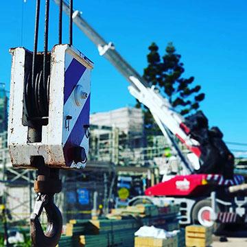 Origin-Cranes-close-up-crane-hook-Sunshine-Coast