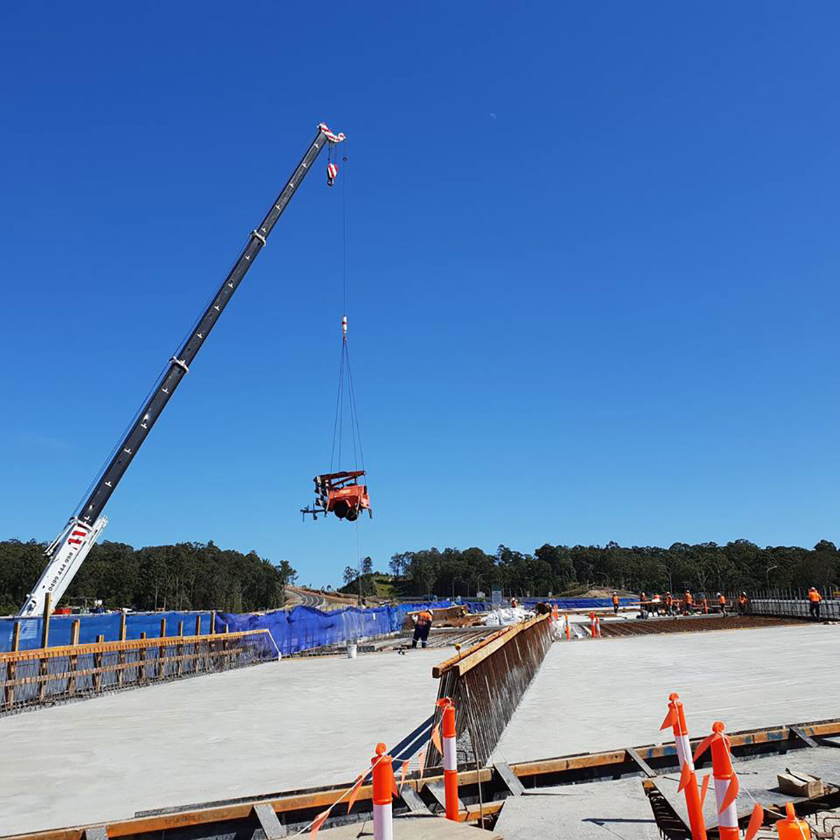 Origin-Cranes-machine-transport-lift-move-Caboolture
