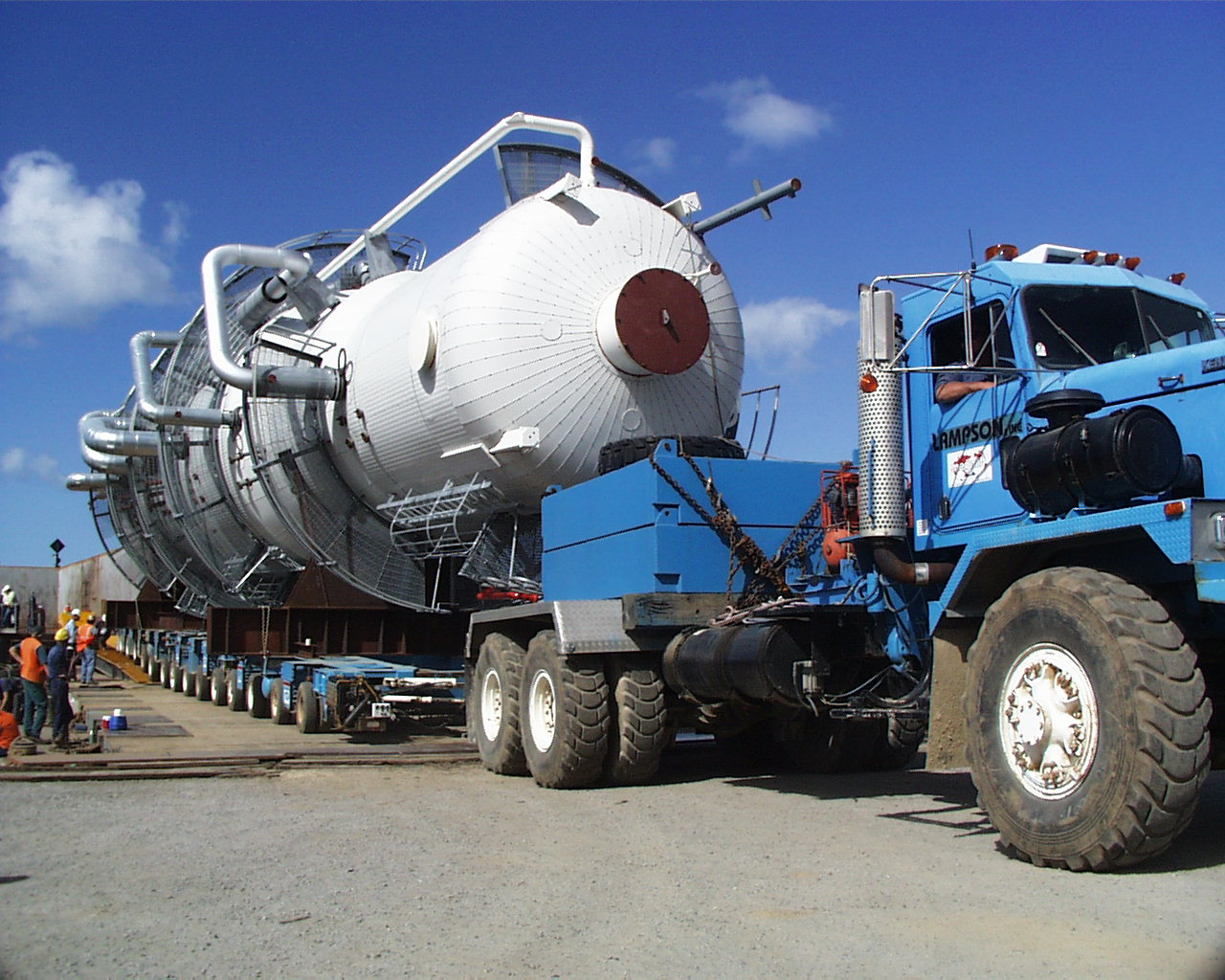 petrochemical-truck-hire