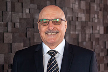 VAC Group Ormeau chairman Peter King