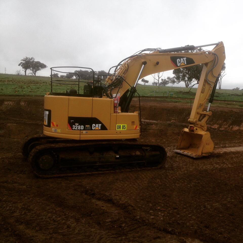 Excavator Cat 328D LCR