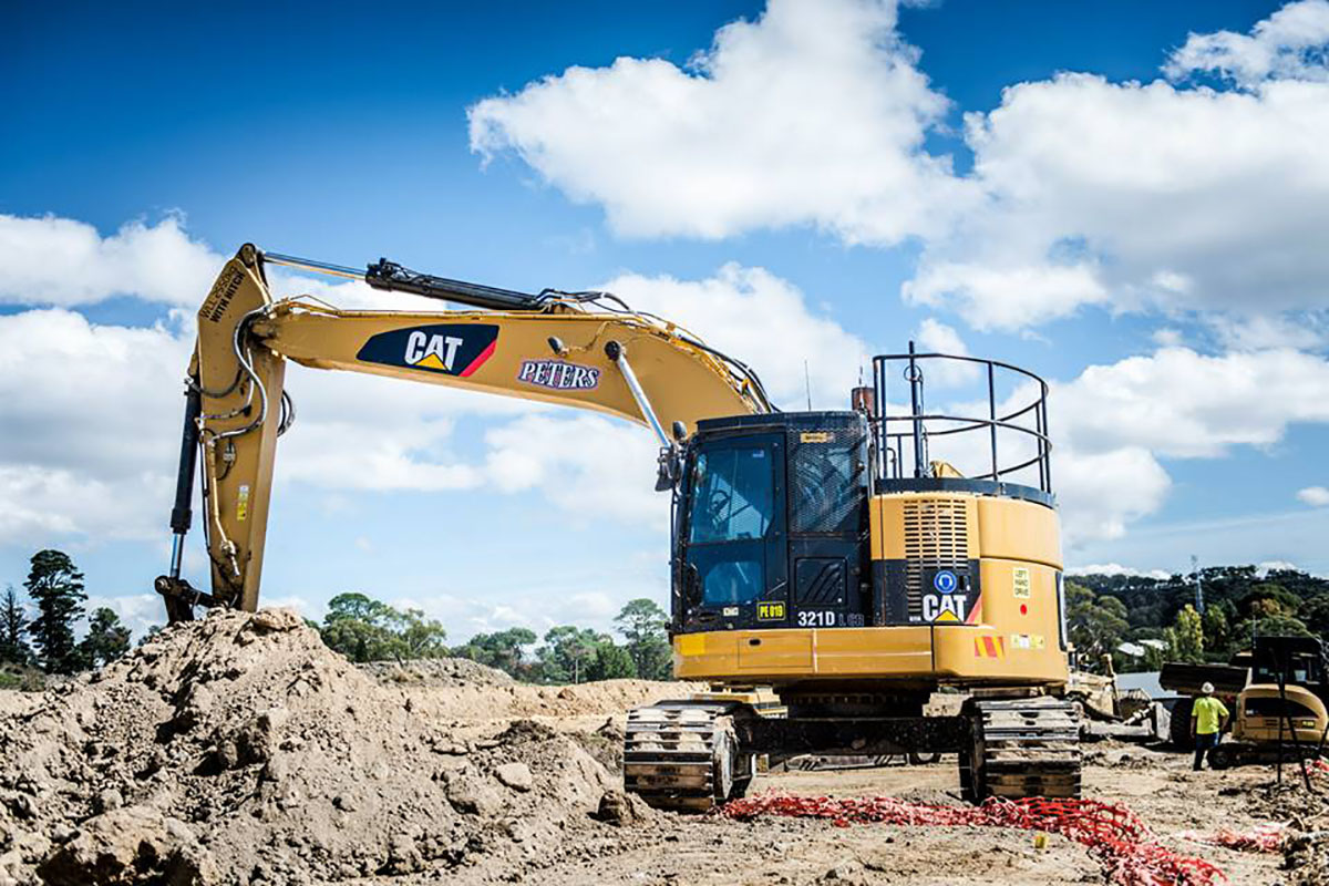 Peters Earthmoving CAT excavator 321D