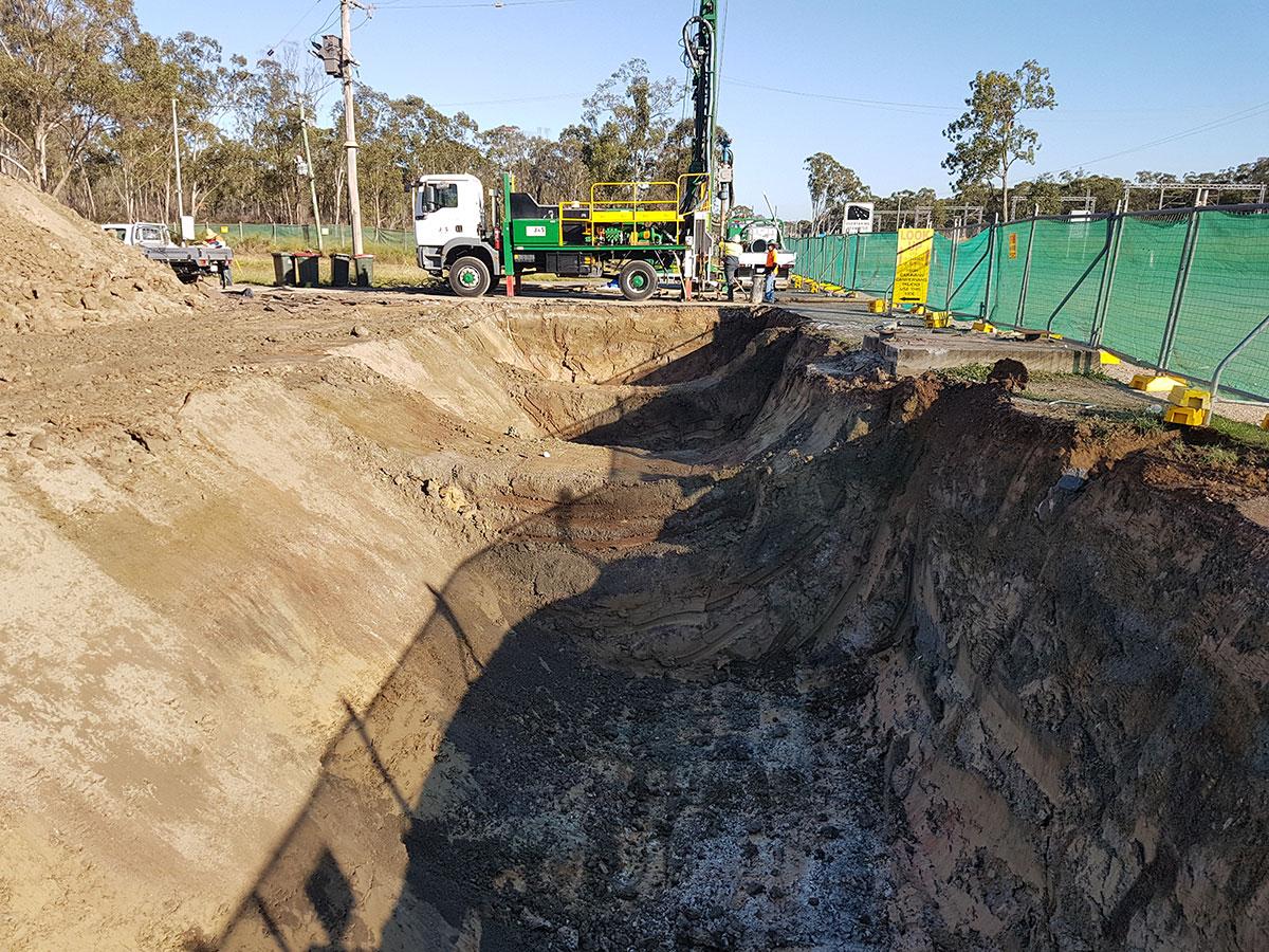 Phoenix-Fuel-Systems-Mt-Larcom-excavation