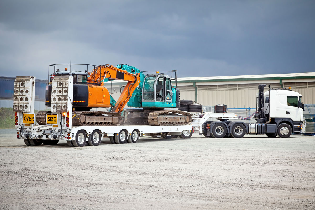 plant-shift-heavy-haulage-low loader with two excavators for hire