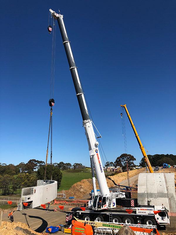 Quinlan-Cranes-concrete-piece-lift-mobiel-crane-truck-hire-Melbourne