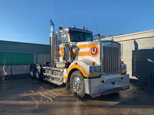 Quinlan-Cranes-road-truck-hire-Melbourne
