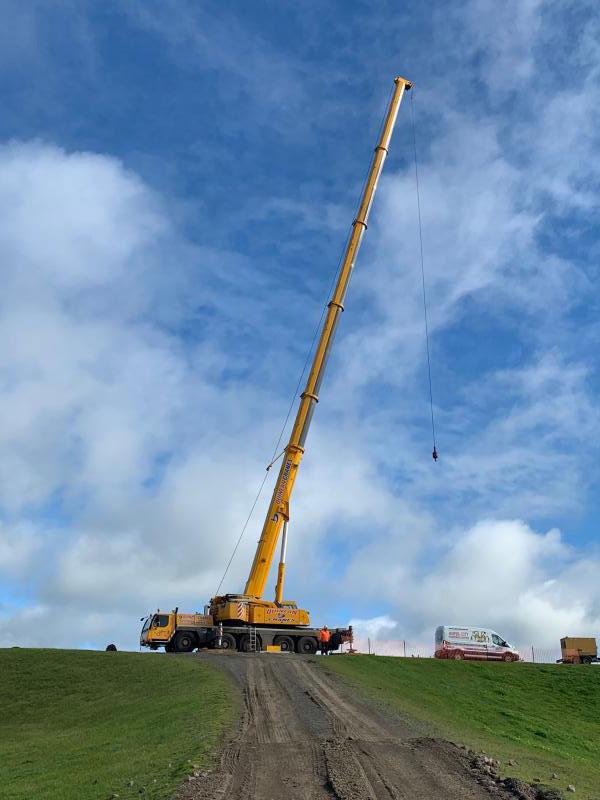 Quinlan-Cranes-transport-items-ship-crane-truck-hire-melbourne