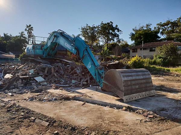 Relient-Civil-Excavator-bucket-Brisbane