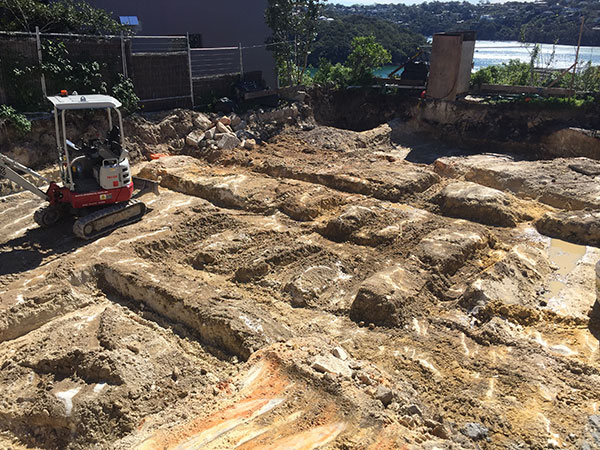 Rick-Davis-Contracting-Mini-Excavator-Site-Clearing-Sydney