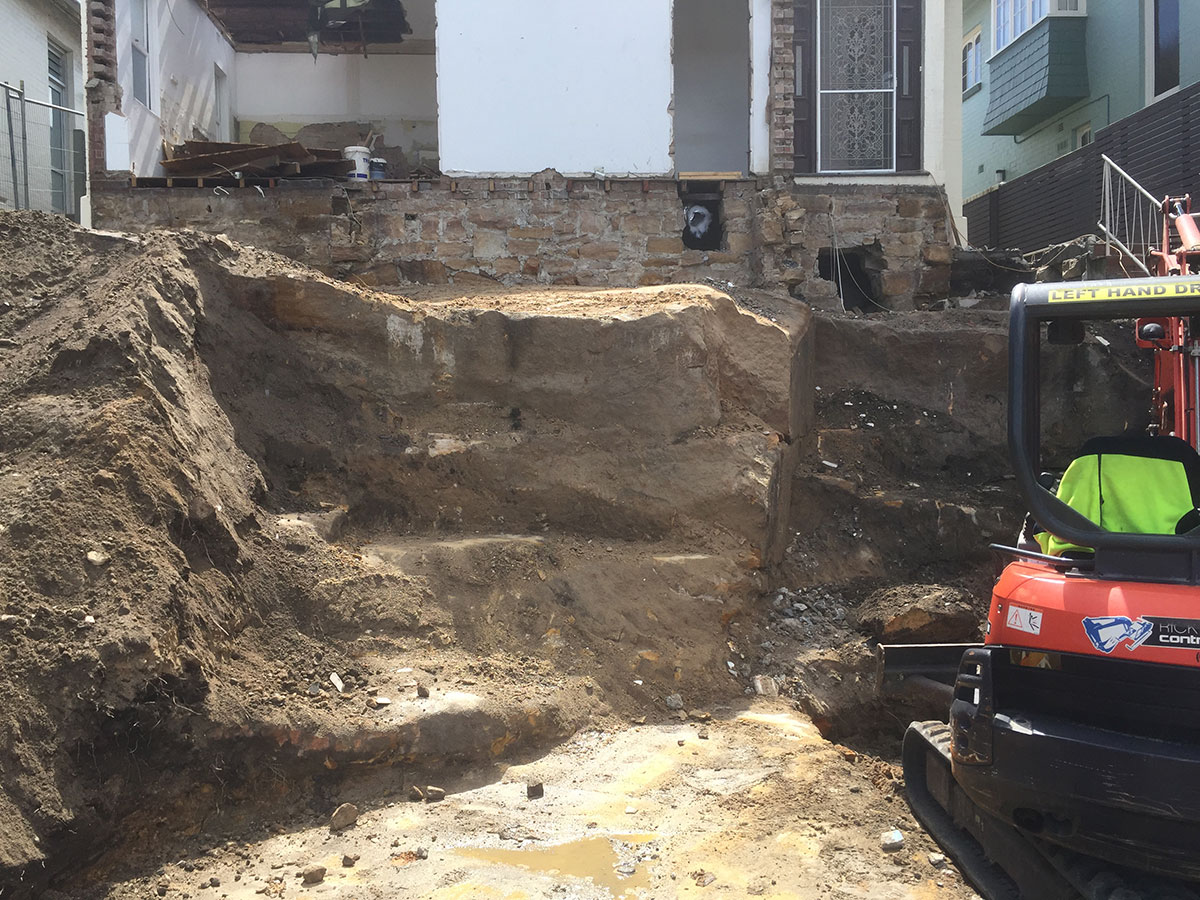 Rick-Davis-Contracting-Mini-Excavator-Site-Cut-Sydney