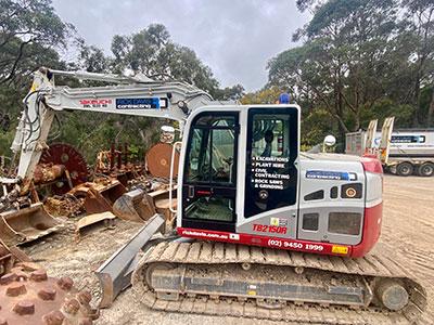 Rick Davis Contracting Compactor Hire Sydney 16 Tonne Excavator