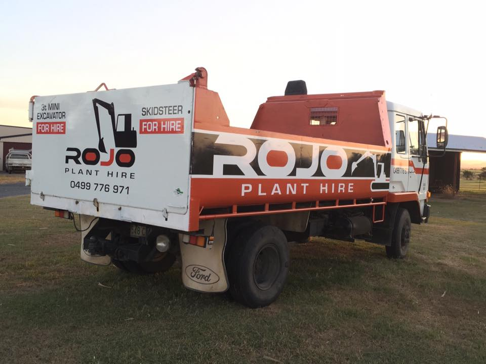 Rojo Plant Hire - Trucvk and Dog Tipper Truck Hire
