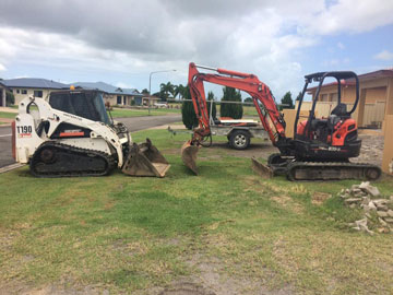 Rojo-Civil-Services-Landscaping-Services-Townsville-excavator-&-bobcat