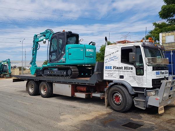 SSE-Plant-Hire-8-5-tonne-mini-excavator-1