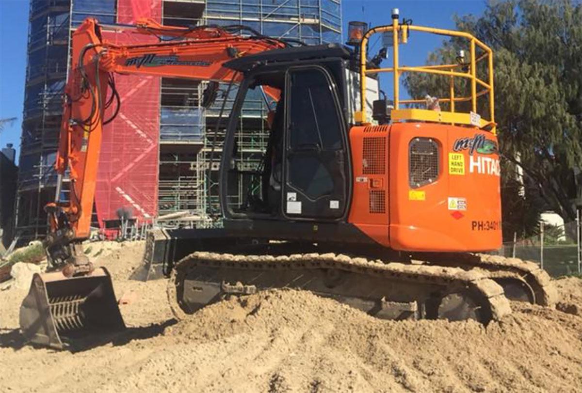 Excavator Hire McManaway