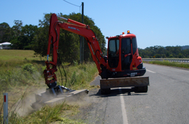 Slashing Diggerman Earthmoving