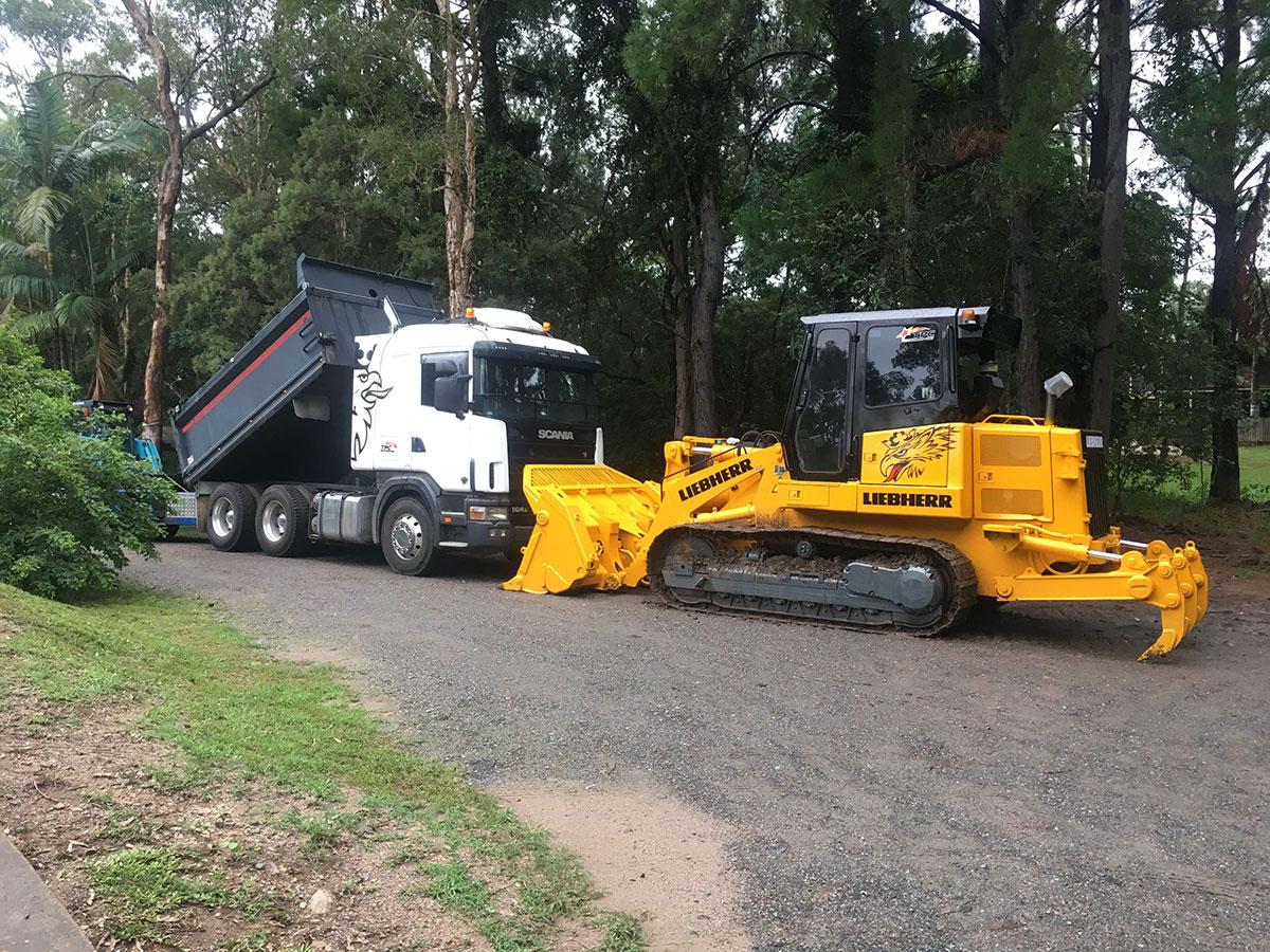 TPC Earthmoving Truck and Drott Hire