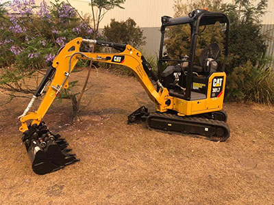 The-Seat-Shop-CAT-mini-digger-excavator-Biloela