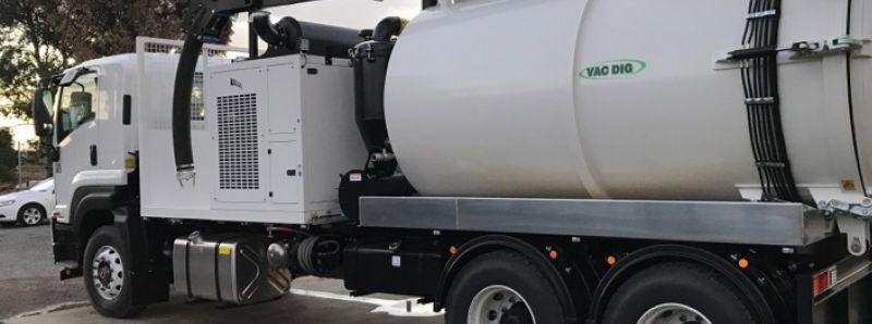 Vac Dig Vacuum Excavators tank with logo