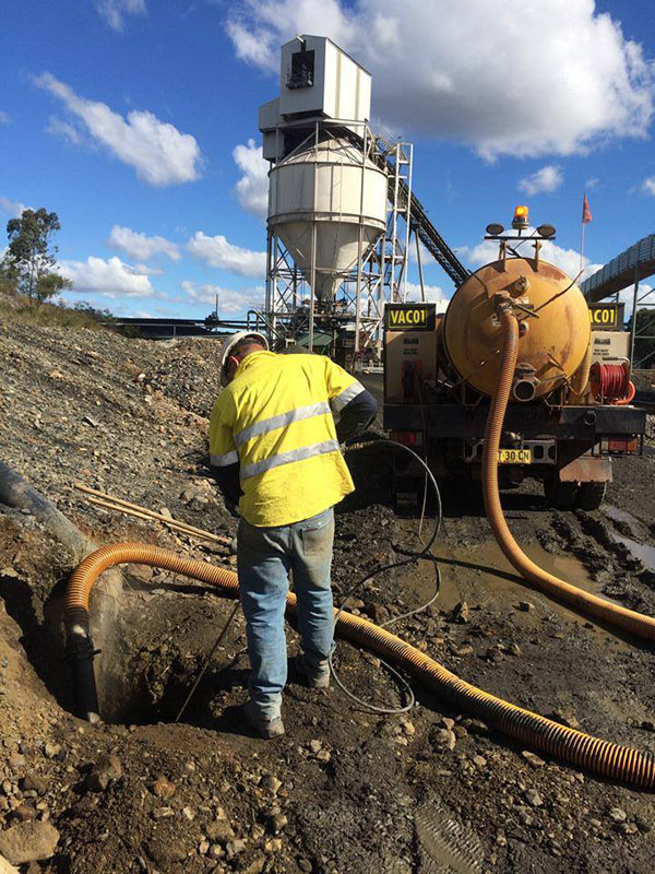 Vacsafe-Locating-water-leak-poly-pipe-hydro-excavtion--new-south-wales-Mudgee