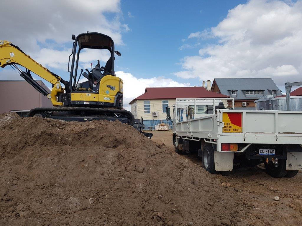 Wombat Hire Excavation and Earthworks Sunshine Coast, Maryborough, Gympie and Hervey Bay