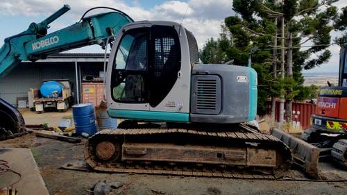 Kobelco sk135sr Yeoman Earthmoving excavator Rosewood