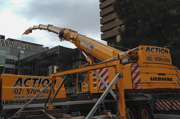 action-cranes-mobile-crane-sydney-hire-rental-mobile-crane-lifting-1-7-v1