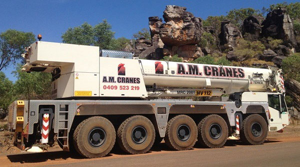 200 tonne all terrain crane hire