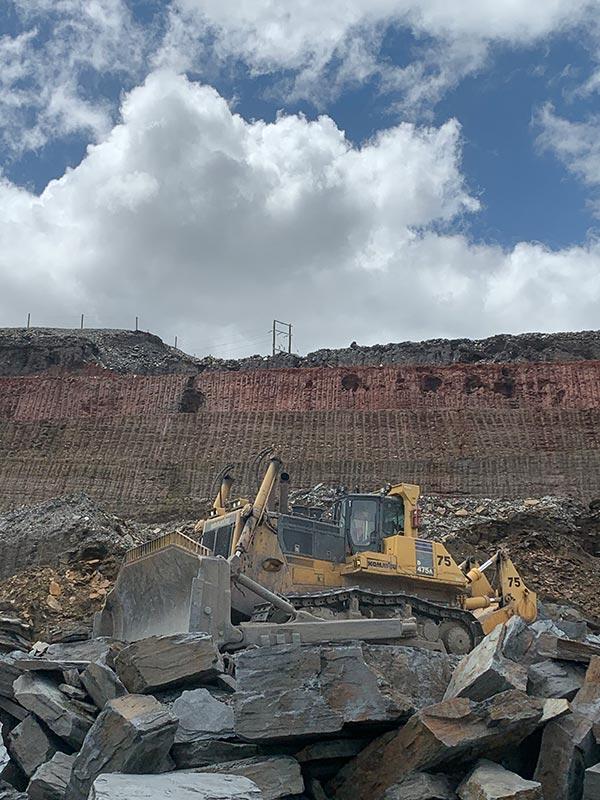 Australian Earth Training operator training in mining industry