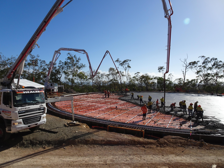 Meales-Concrete-Pumping-skilled-concrete-pump-operators