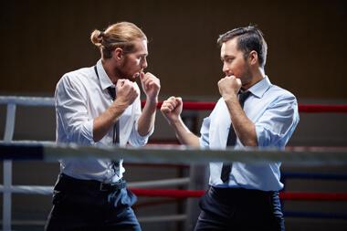 dos profesionales listo para pelear