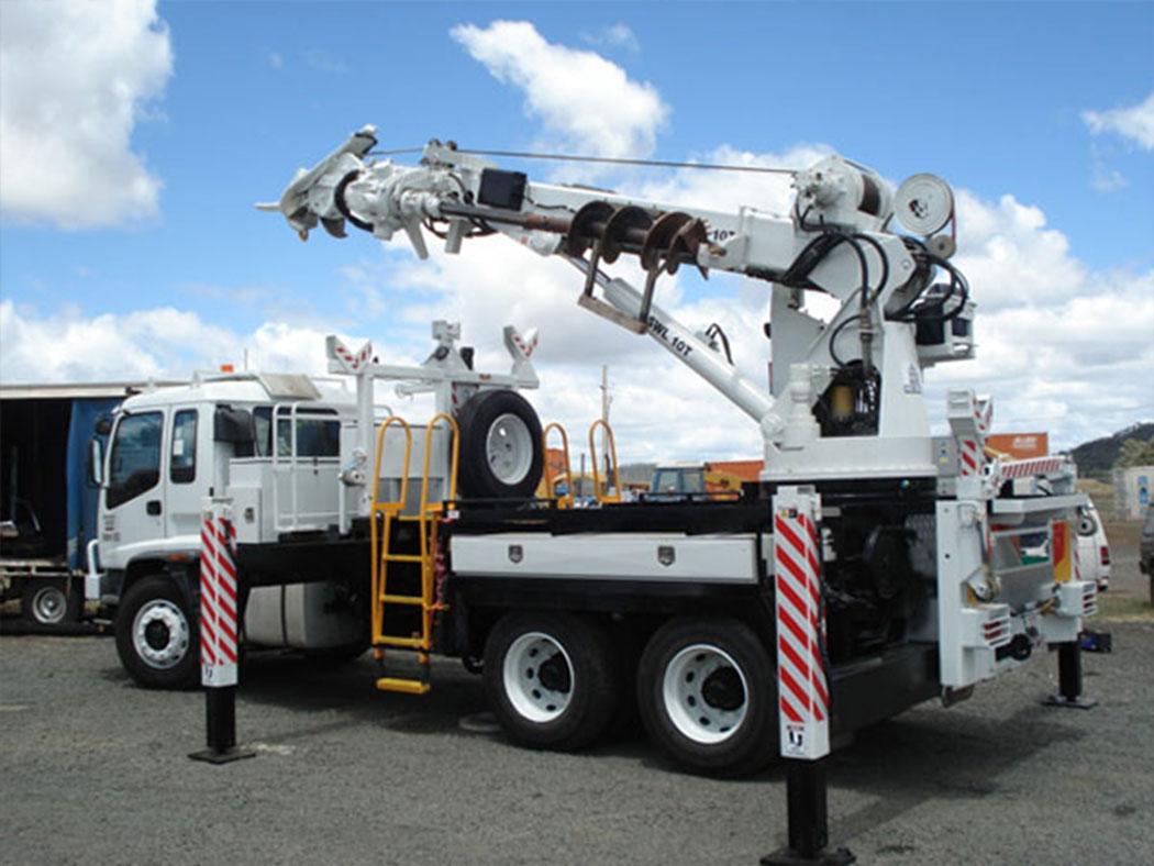 crane-truck-hire-queensland