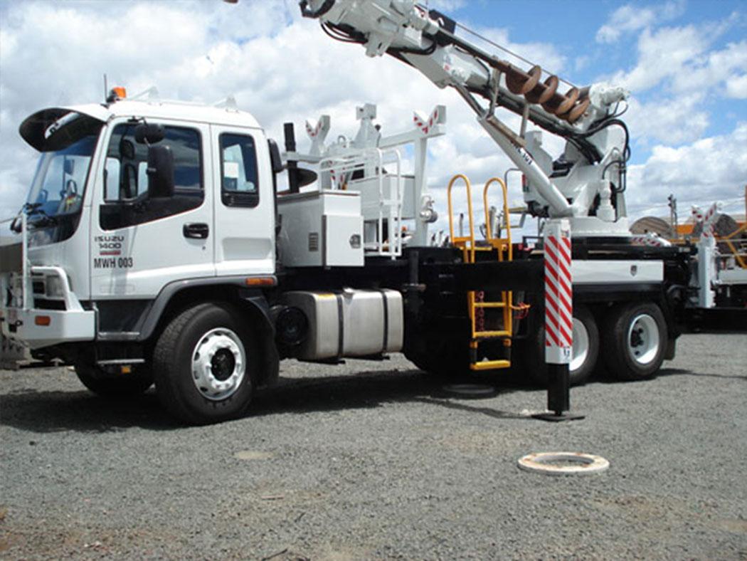 crane-truck-hire-sunshine-coast