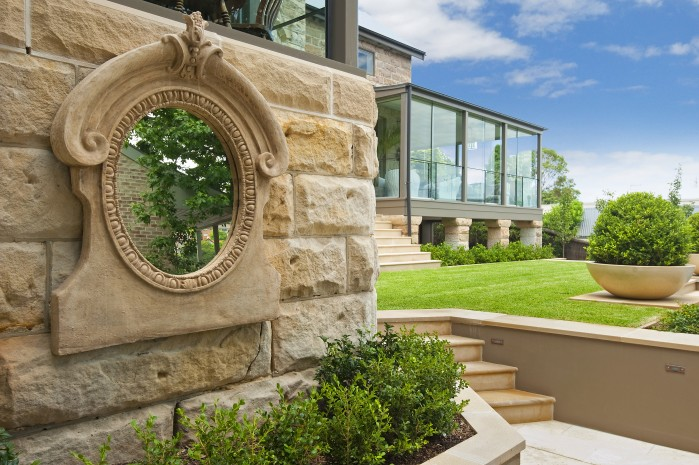 earthscape-retaining-walls-with-mirror