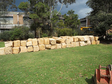 earthscape retaining wall
