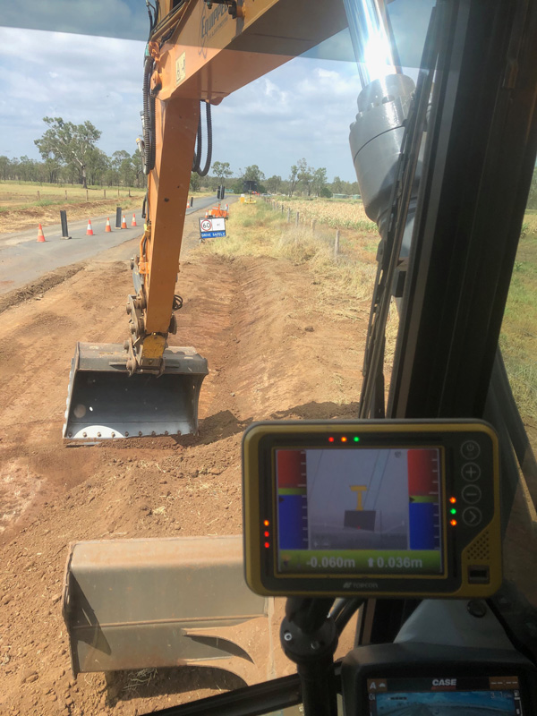Equipped-Civil-and-Earthmoving-Earthworks-Excavator-Hire-Brisbane-6