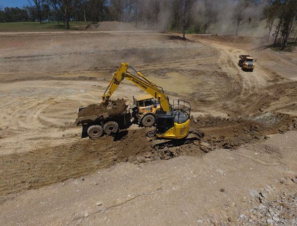 excavator-hire-queensland