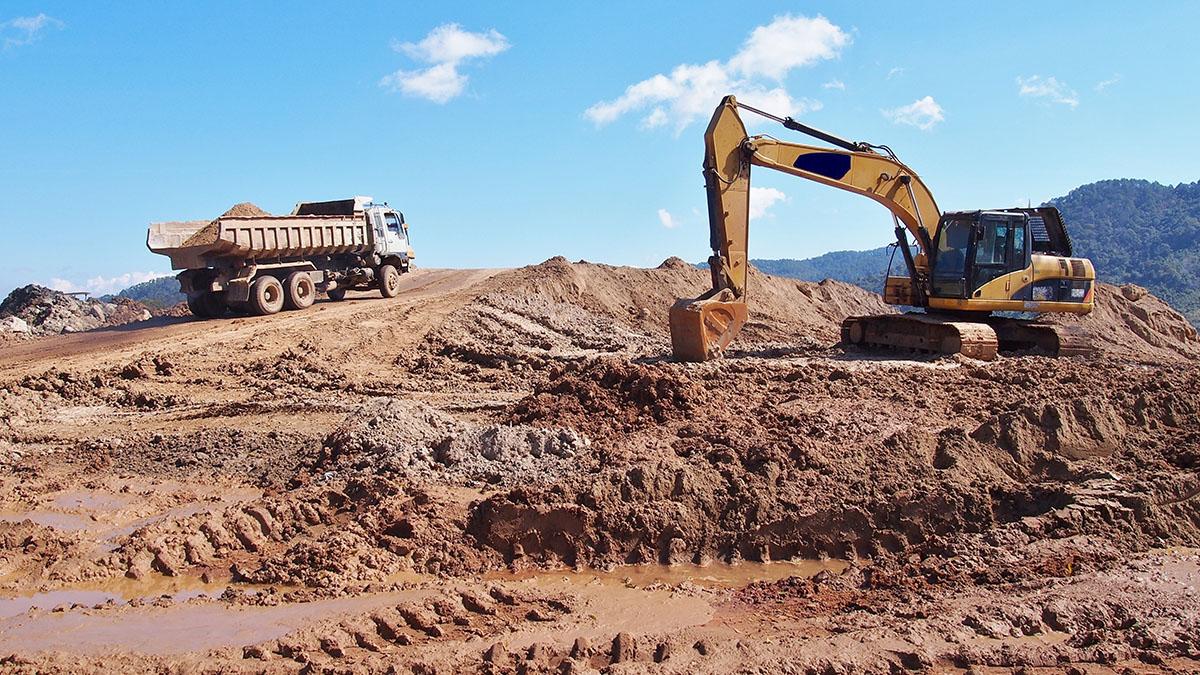 excavator-tipper